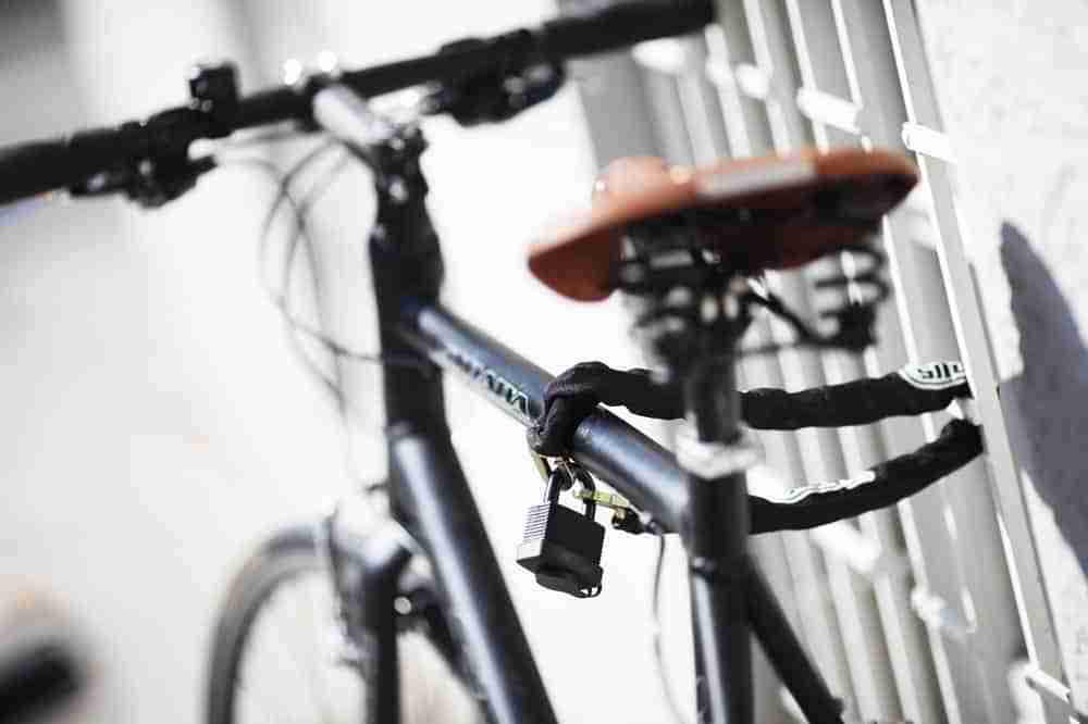 How to Lock Your Bike Without a Rack - todaysbike