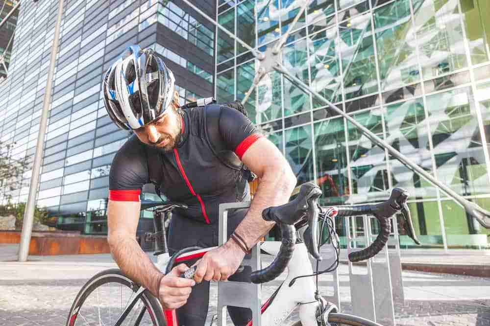 Where to Put Your Bike Lock While Riding - todaysbike
